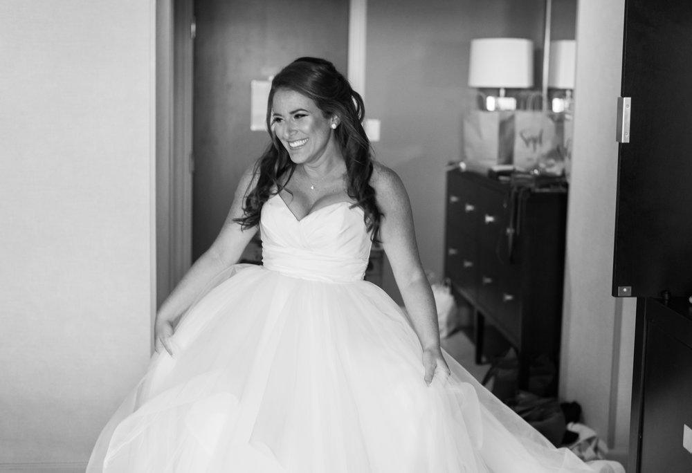 Hayley Paige Londyn wedding dress gown