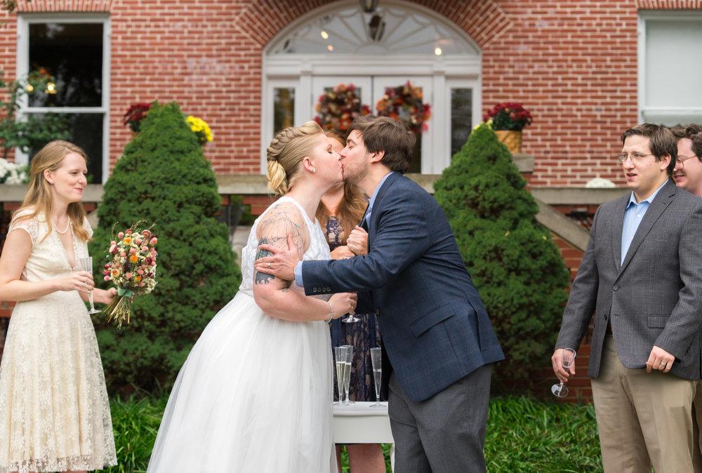 Jessica Nazarova wedding photography at Kentlands Mansion