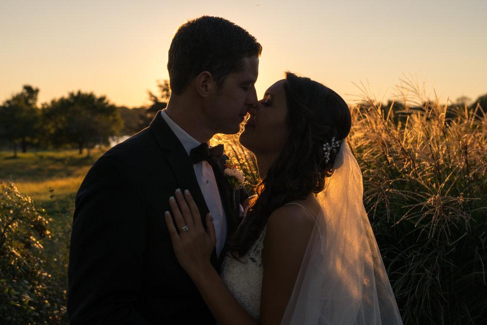 Golden hour sunset wedding photo at Chantilly National Golf Club by Jessica Nazarova