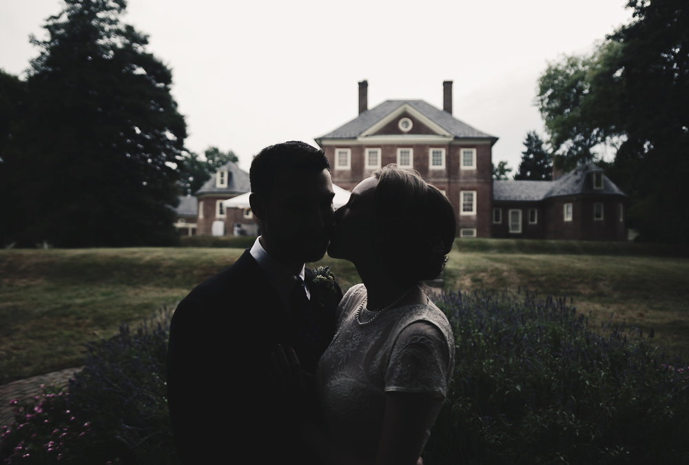 Silhouette bride and groom at Montpelier Mansion by Jessica Nazarova