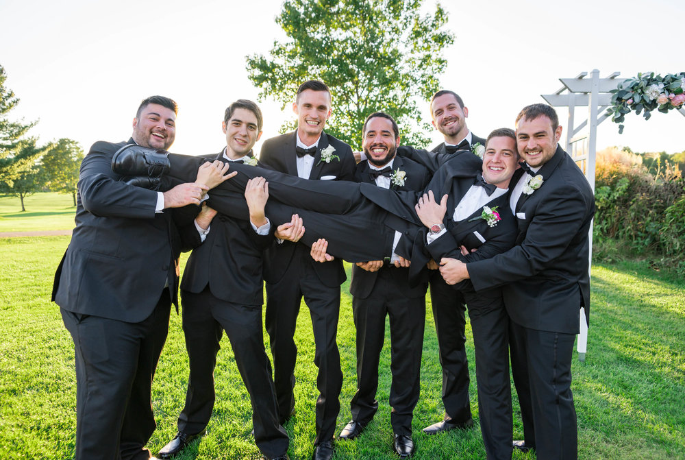 Funny groomsmen photo in washington dc