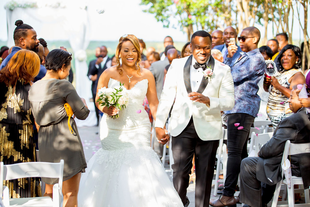 Lansdowne Resort and Spa wedding photos as seen on Essence by Jessica Nazarova