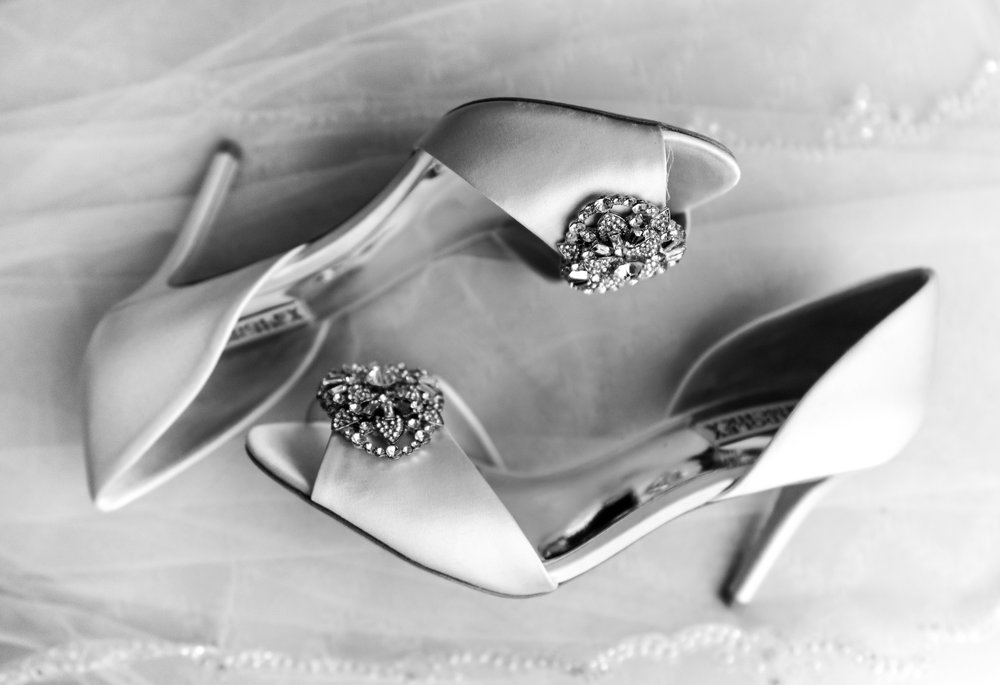 Badgley Mishka kitten heels in white satin at Lost Creek Winery wedding