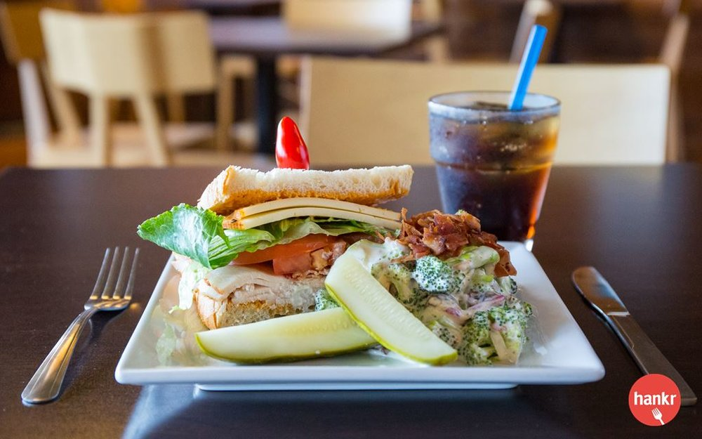 Grab lunch or dinner on the go! Choose from a selection of ready-to-go side salads, desserts and half sandwiches featuring Boar's Head deli meats, all created in the Metcalfe's kitchen.