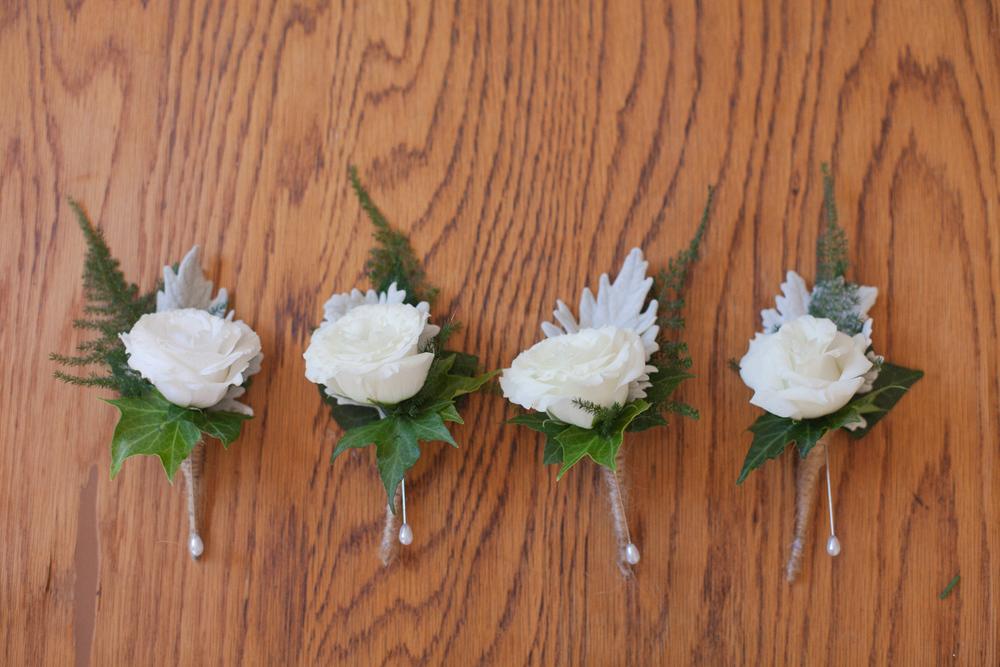 Buttonhole wedding flowers for Groomsmen