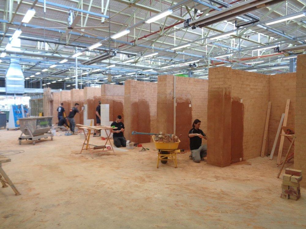 Rendering and plastering (Medium).JPG