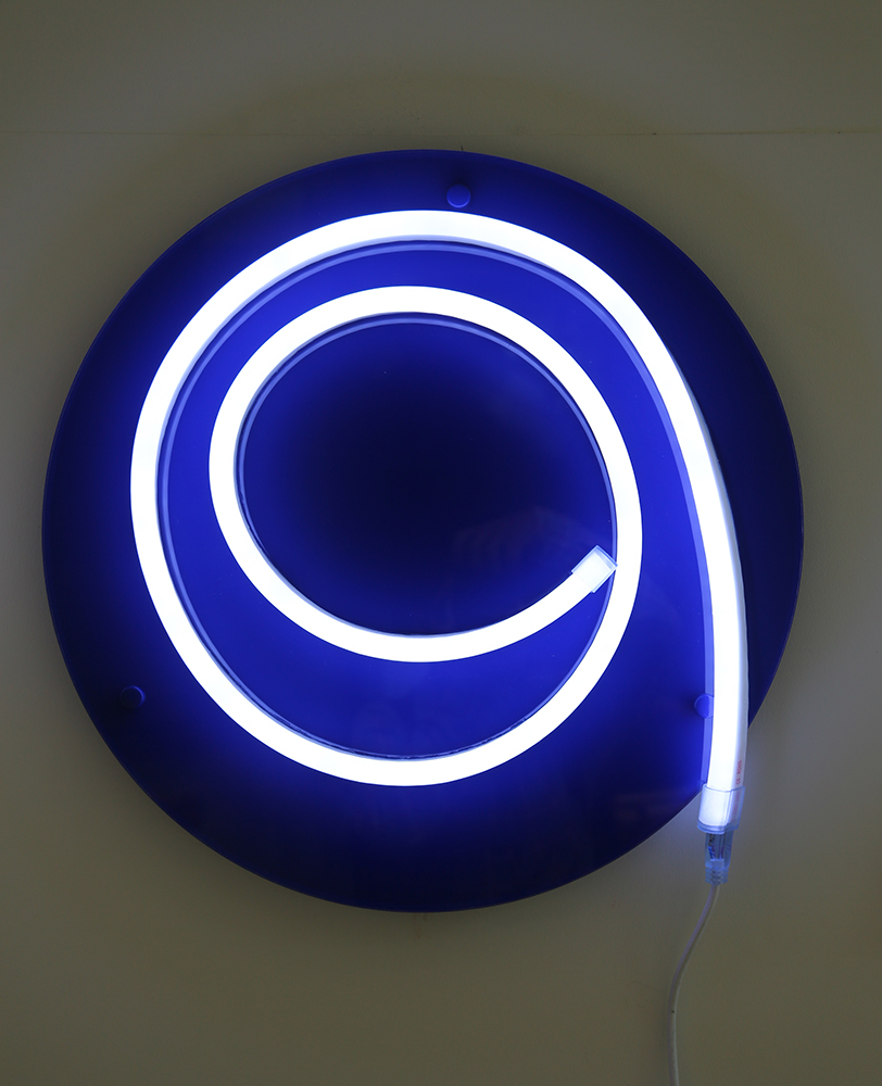 'I'    Light Emitting Diodes , plexiglass, vinyle  year: 2015  size: 500 mm circle