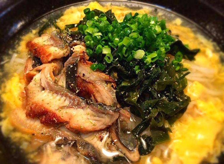 Nudelsoppa med grillad ål - grymma grejer!  Foto: Kaori Tanaka