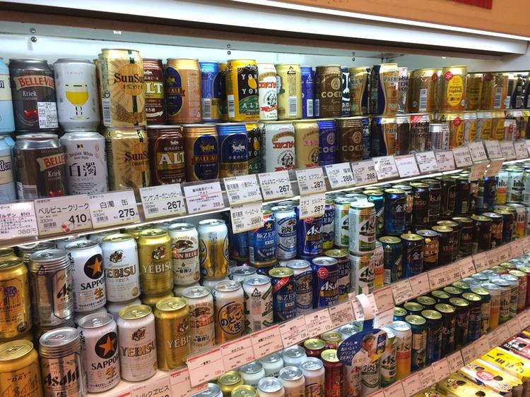 Den mest välsorterade butiken i grannskapet har ett 20-tal mikrobryggeriöl från hela landet.