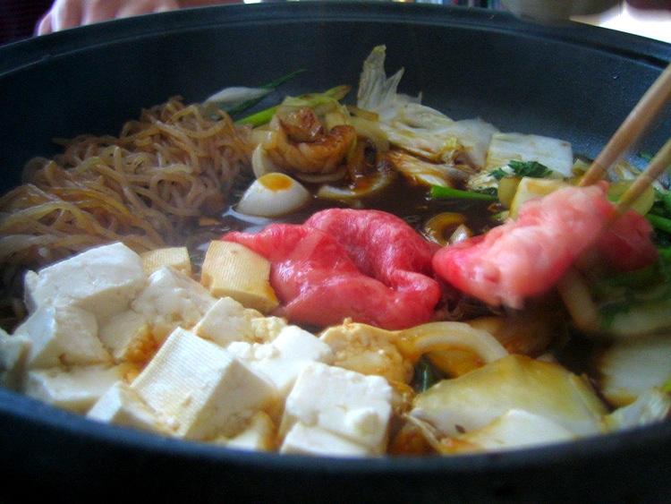 Sukiyaki (uttalas skijaki) är kanske den mest kända japanska maträtten efter sushi, mest tack vare Japans enda internationella mega-hit-låt  Sukiyaki  (som egentligen heter  Ue wo muite arukou  - Gå med blicken uppåt; låten har inget som helst att göra med maträtten).