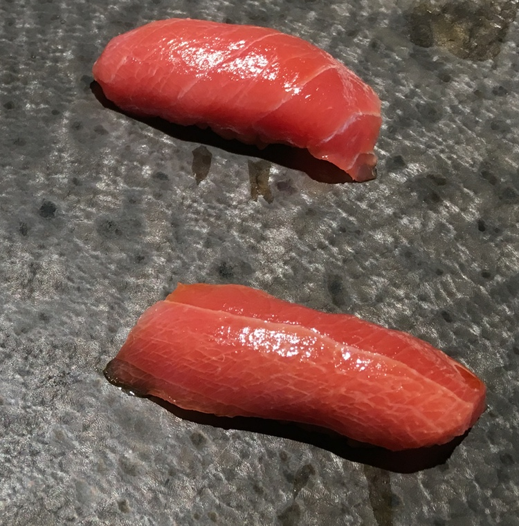 Chuutoro - den mellanfeta delen av tonfisken.