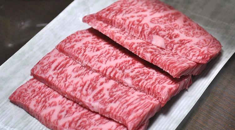 Wagyu är japanskt nötkött, men allt japanskt nötkött är inte wagyu. Foto:Schellack (Creative Commons)