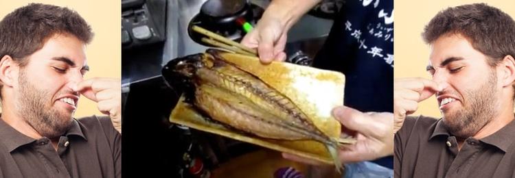 """Här en färdiggrillad kusaya - """"Japans surströmming""""."""