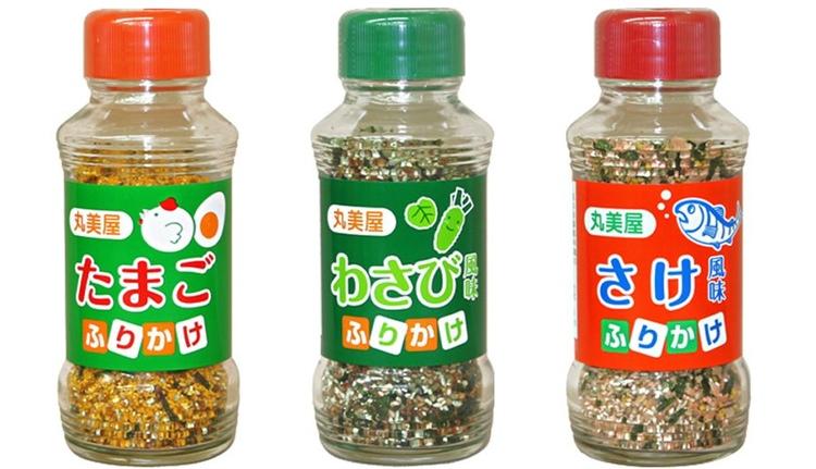 Furikake med olika blandningar där huvudingrediensen är, från vänster till höger, ägg, wasabi och torkad lax.  Foto: Marumiya