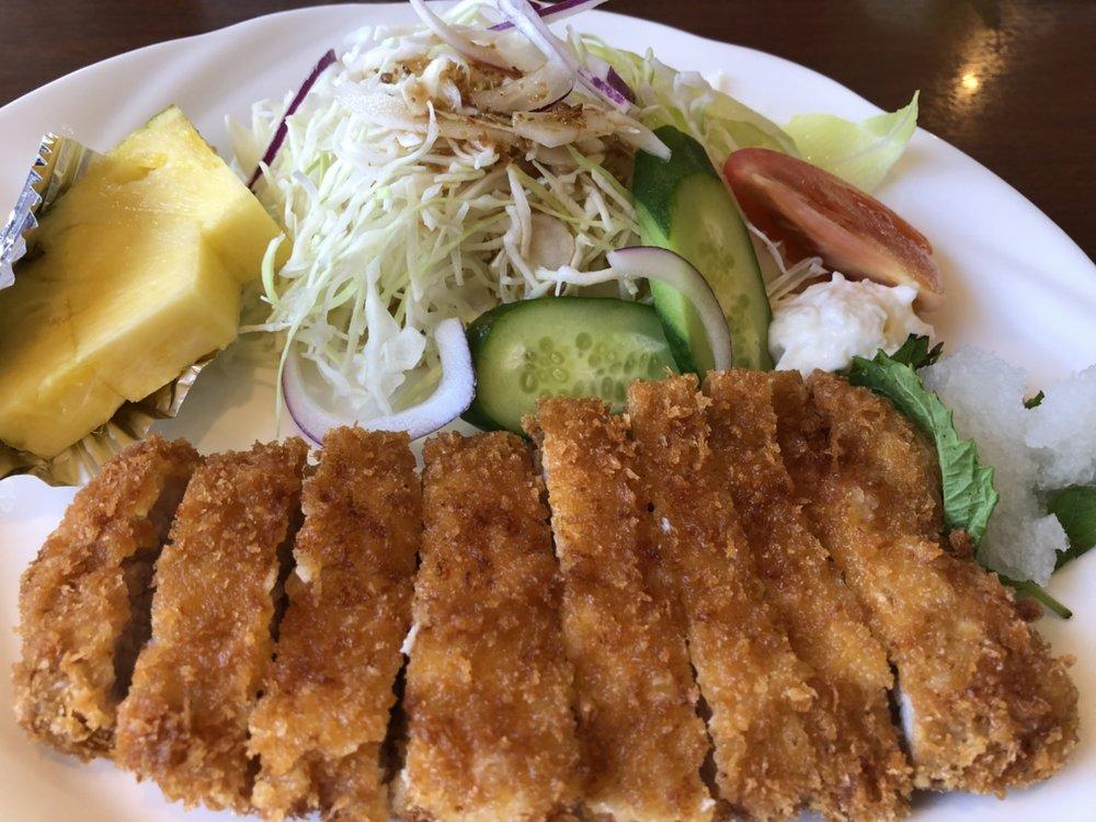 Tonkatsu är lika med friterat fläskkött, inget annat.