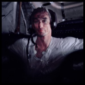 Commander Eugene Cernan After Three Days of Lunar Exploration; Photographed by Harrison Schmitt, Apollo 17, December 7-19, 1972, Michael Light, fra prosjektet Full Moon. Transparency NASA; digital image © 1999 Michael Light