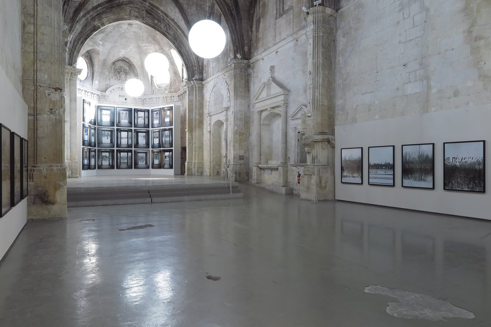 Picture from the installation of  Stances  by Marie Bovo at Église des Trinitaires Church in Arles. Courtesy the artist and OSL Contemporary.