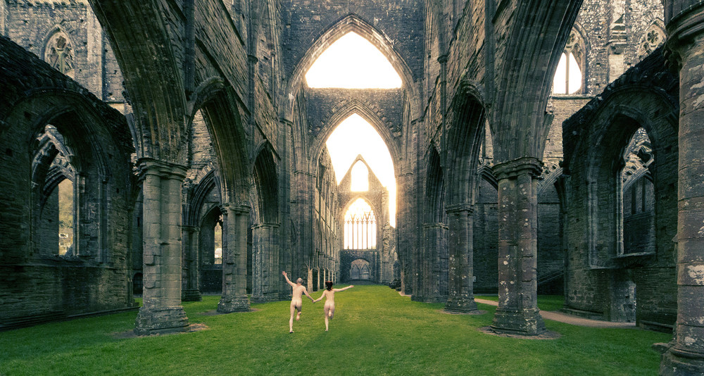 Joe Clarke, Bristol, photographer, Tintern Abbey, streakers, 12mm