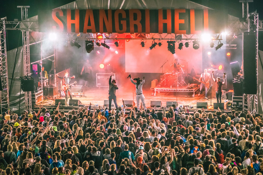 glastonbury festival, 2016, shangri-la, dub pistols, hell stage, cherry picker