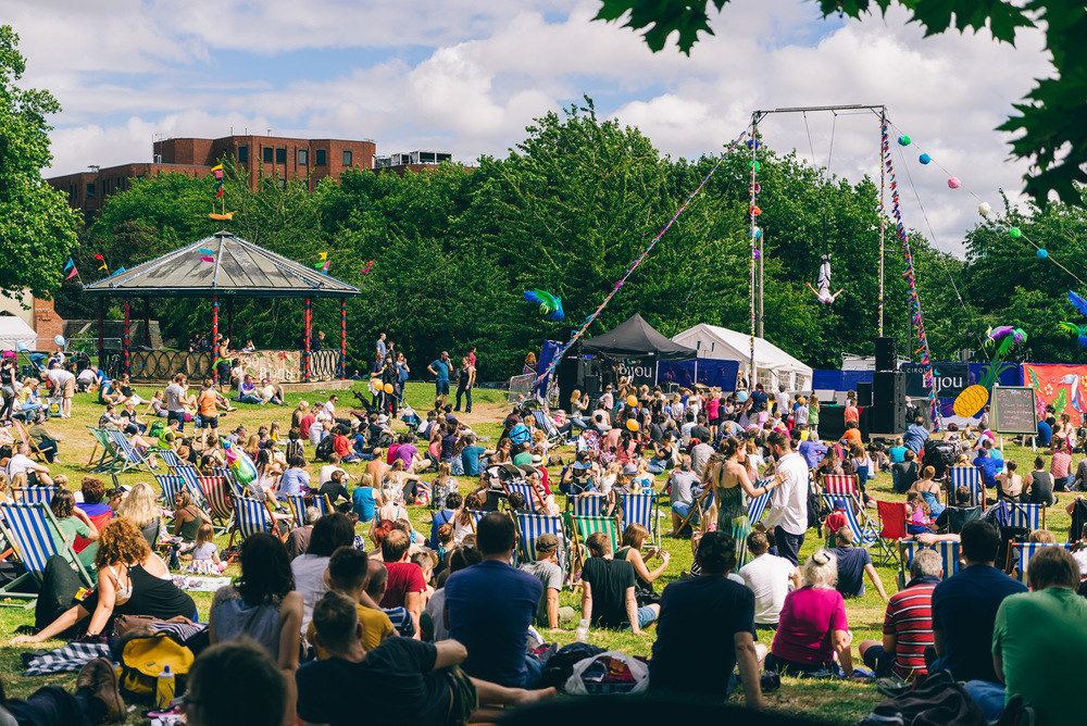 Cirque Bijou, Bristol Harbour Festival 2016