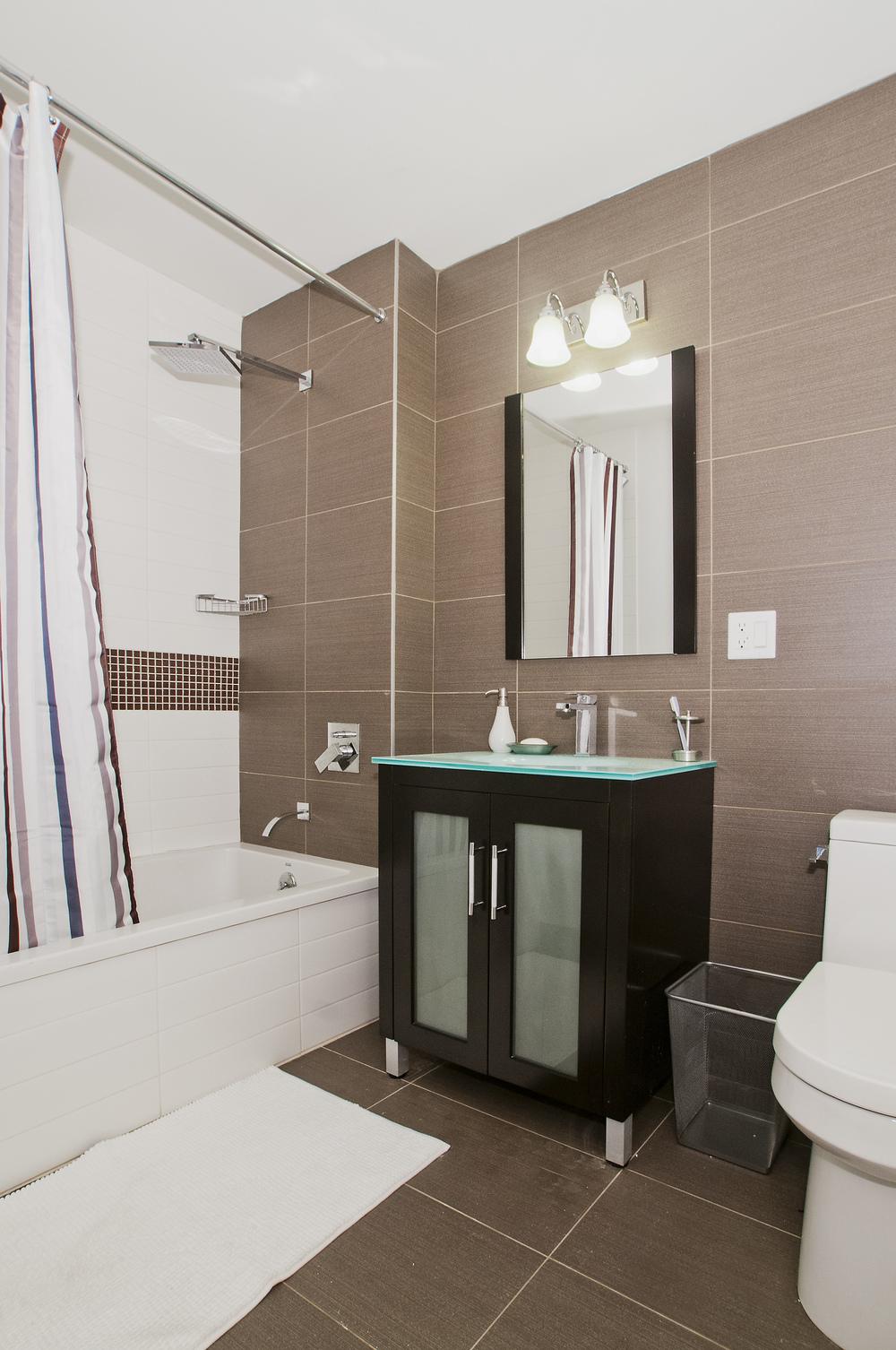 Meserole_Street_80_4F_Bathroom_K_.jpg