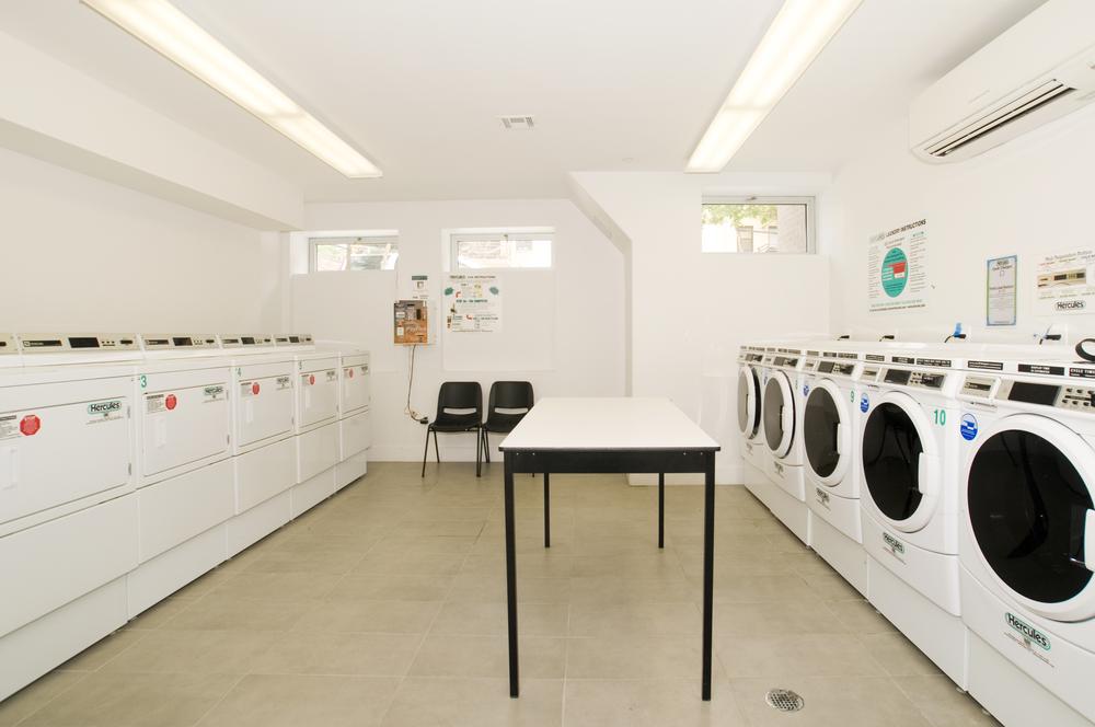 Meserole_Street_80_Laundry_k_.jpg