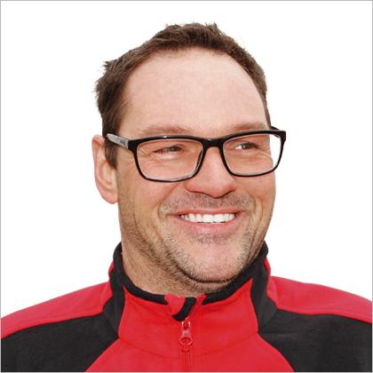 team-sascha-bruehl.png