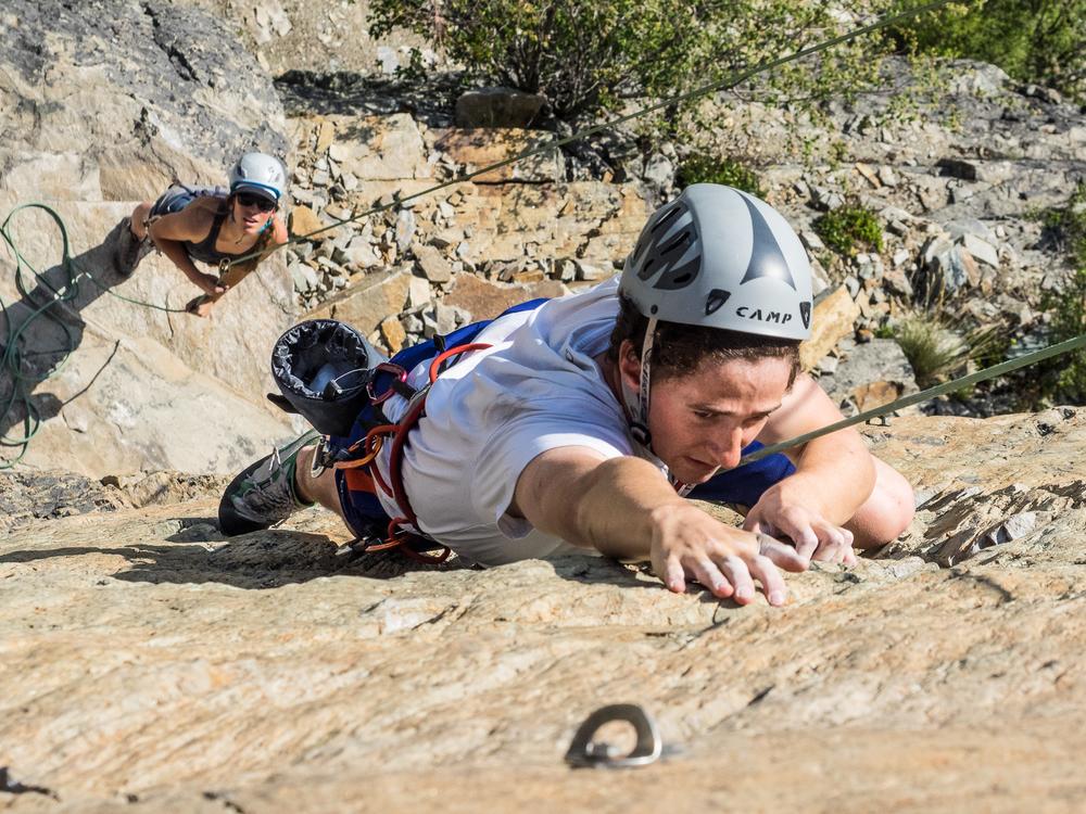 Climbing- RIDGE-Academy-6.jpg