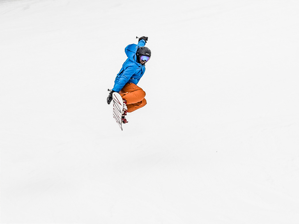 Snowboardinbg-RIDGE-Mountain-Academy-6.jpg