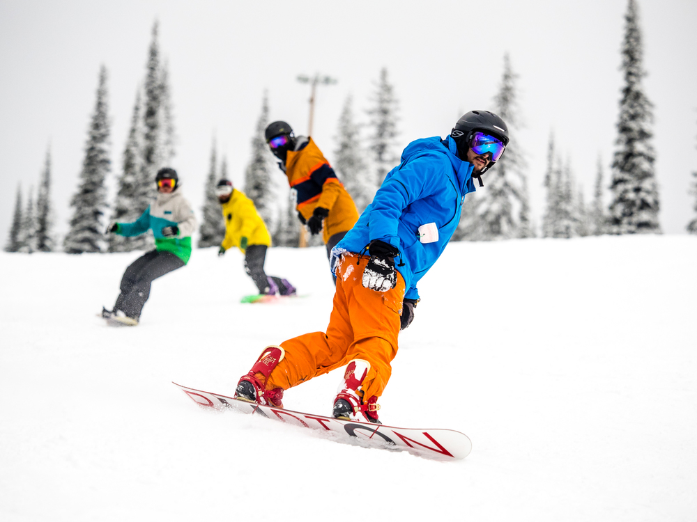 Snowboardinbg-RIDGE-Mountain-Academy-5.jpg
