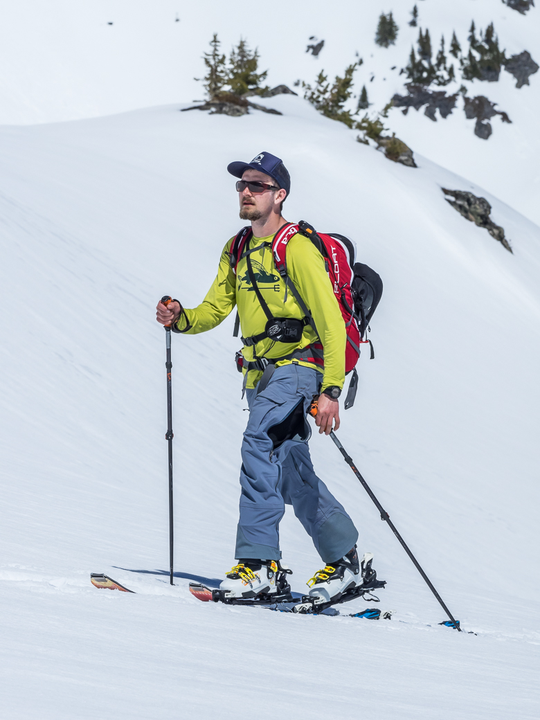 Ski Mountaineering for Students
