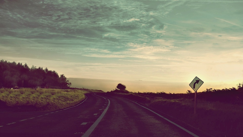 tumblr-static-road-car-sky-vintage-retro-trash-nature-love-1200738663.jpg