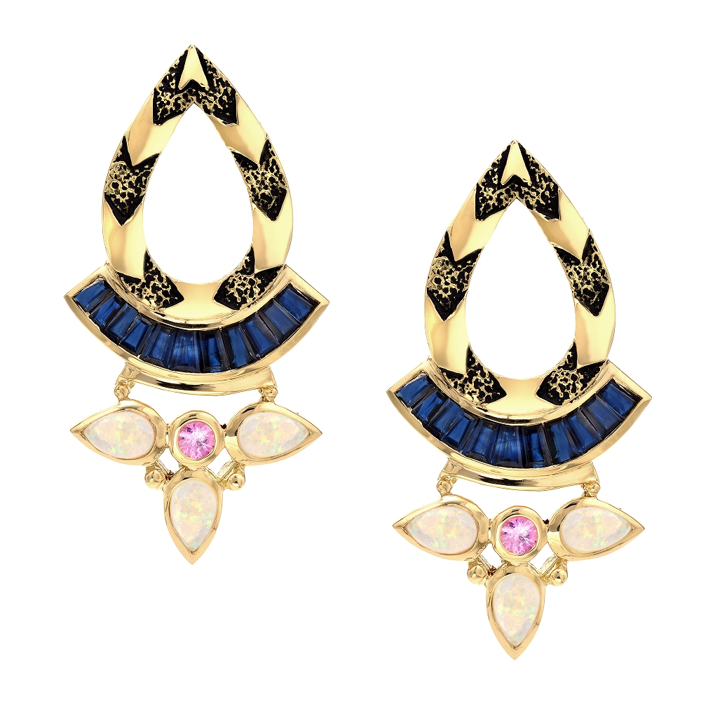 Strength Skirt Earrings 18k
