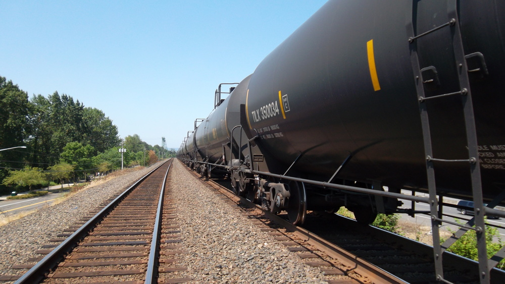 Oil train idles at the junction of HWY 14 and I-5.