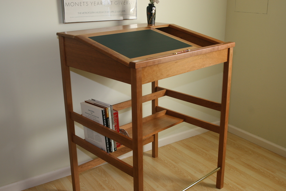 "36"" Cherry Desk.     Desk 3   Click picture to enlarge"