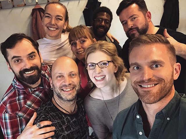 Obligatory cast selfie! Working hard and counting the days until opening! ——————————— @staatsoperstuttgart #StgtIphigenie #singingwithfriends #roledebut #countdown