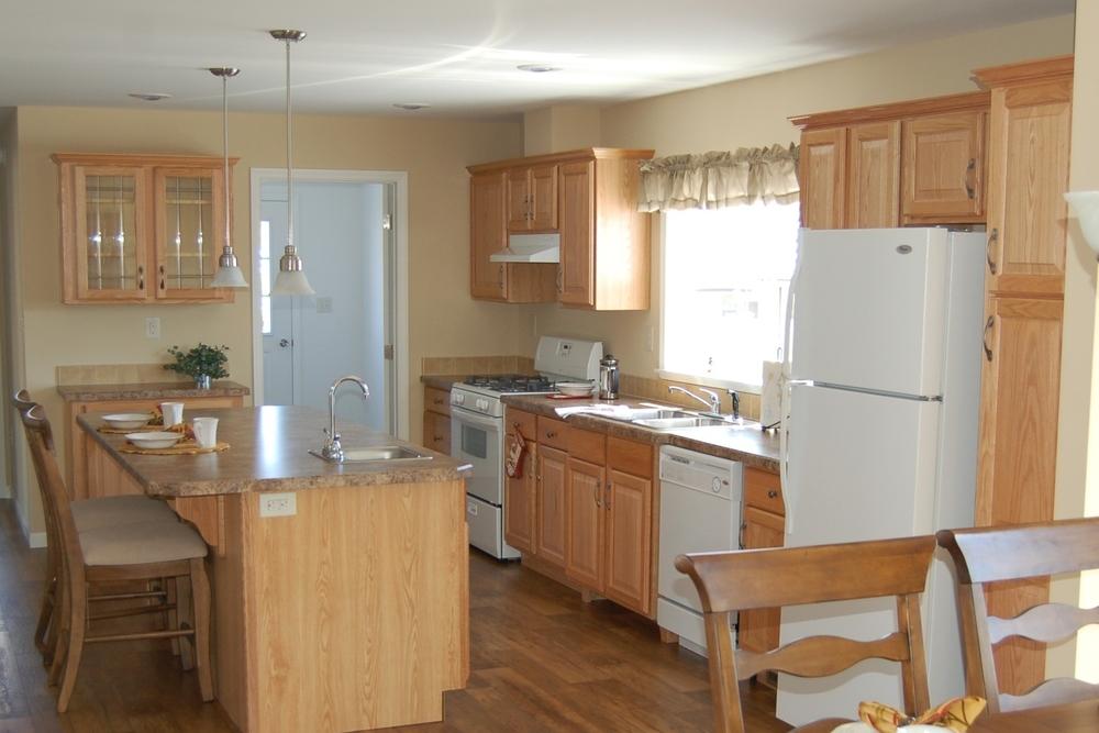 Bridgeport-B Kitchen w/Standard Natural Oak Cabinetry