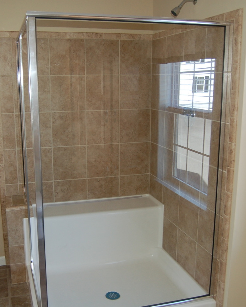 Opt. Corner Ceramic Tile Shower