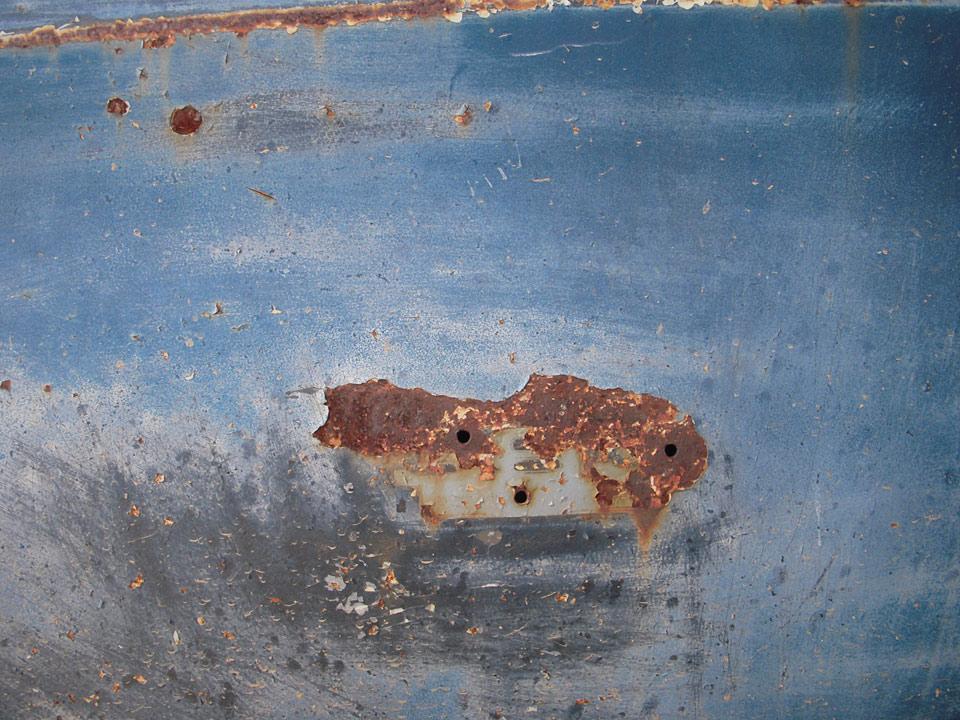 rw_studio-rusty-cars_1.jpg