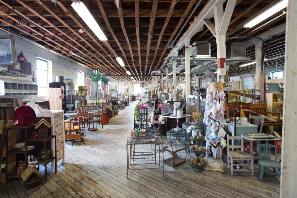 KB_factory-antiques-3260.jpg