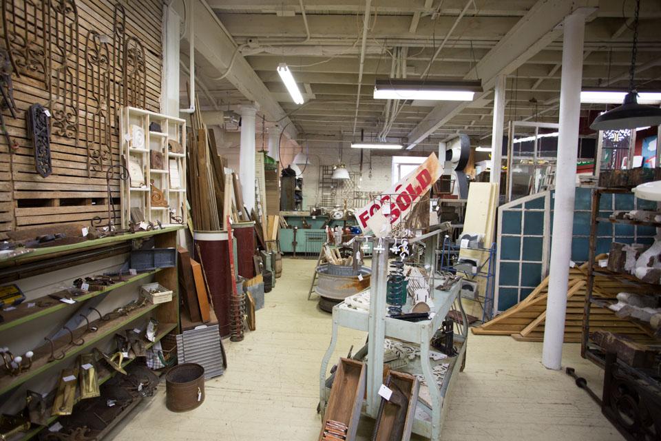 KB_factory-antiques-3250.jpg