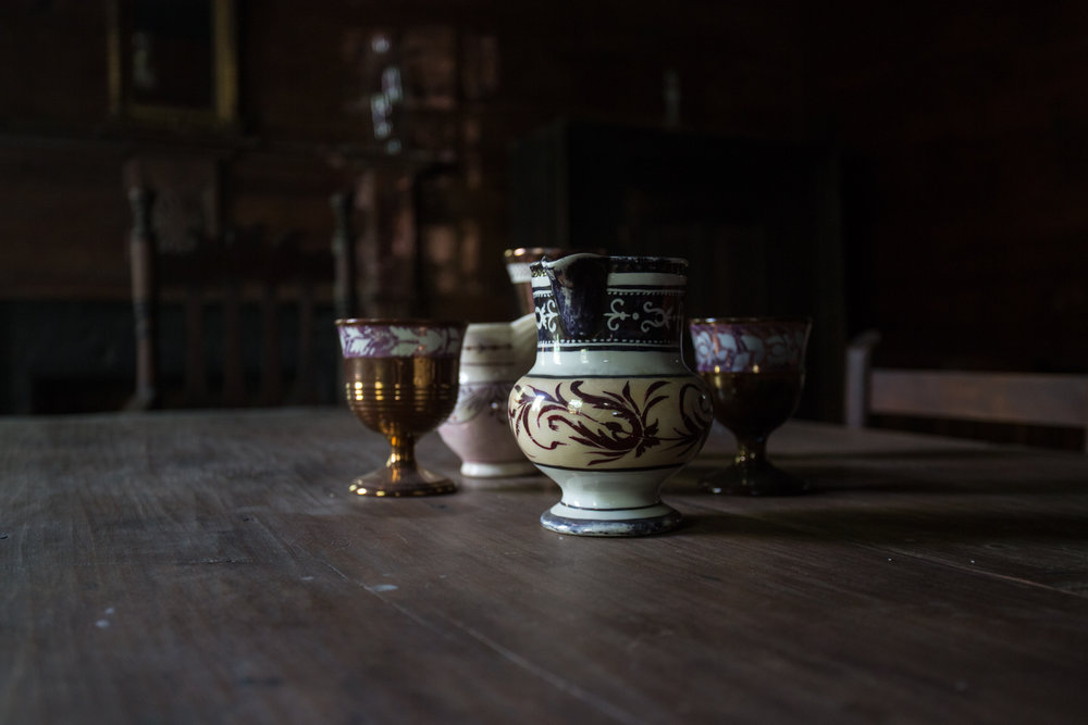 devils pond house_dining room_detail.jpg