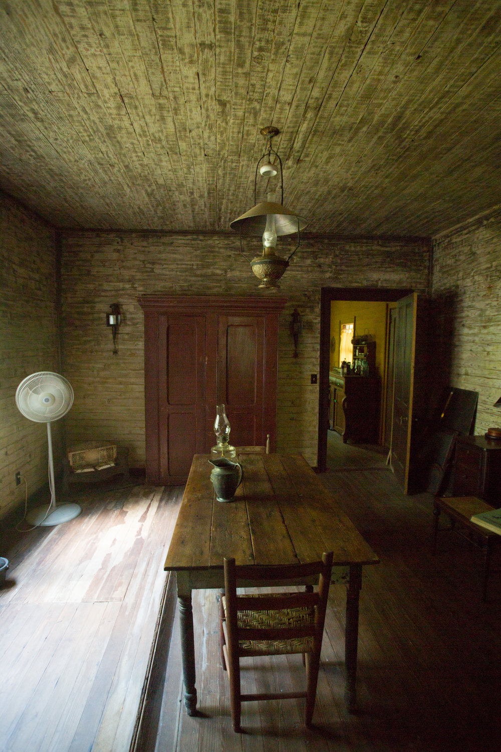 devils pond house_middle room 3.jpg
