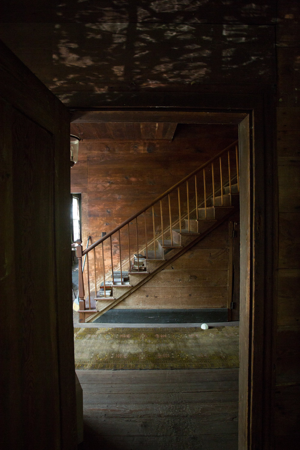 devils pond house_stairs hall.jpg
