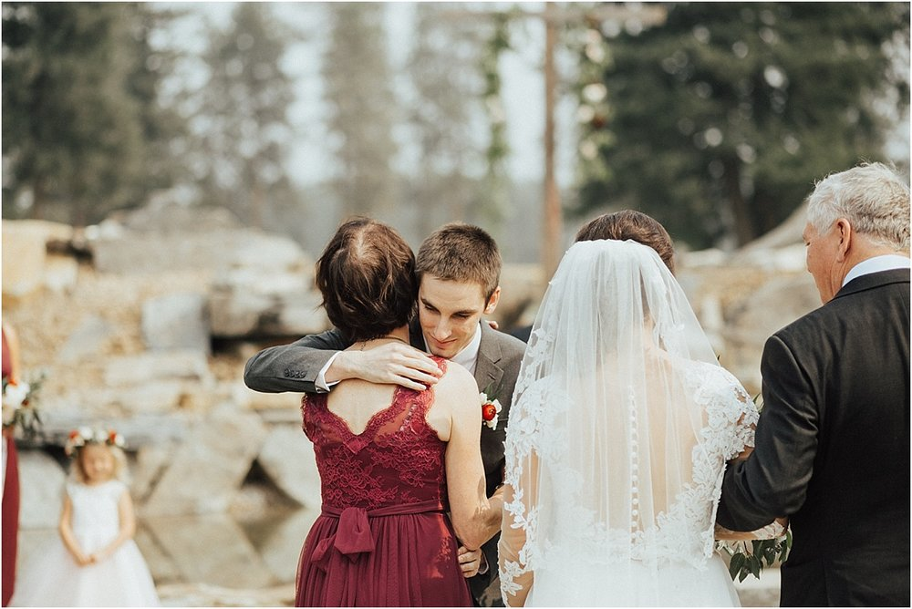 The Silver Knot Wedding Montana_Spokane Wedding Photographer_Hannah Brekke Photography_0074.jpg