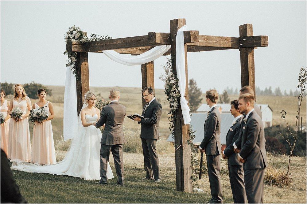 Belles on the Bluff Greenbluff Spokane Wedding Photography_0005.jpg