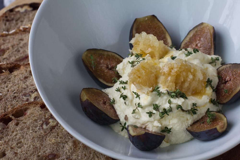 ricotta-figs-oatmeal-bread.jpg