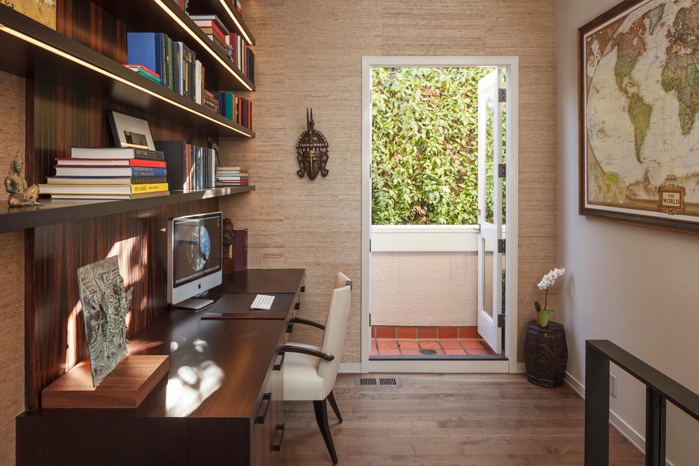 Office_3386.jpg