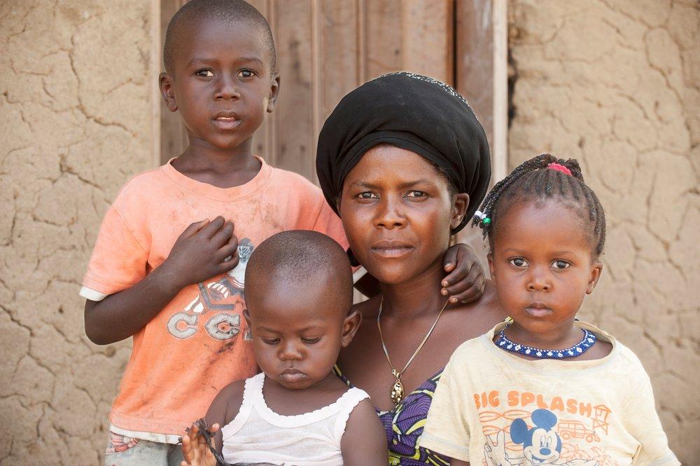27_Expo_2282_Oxfam_MES_Rwampara_©EricStPierre_OxfamQuebec_comp.jpg