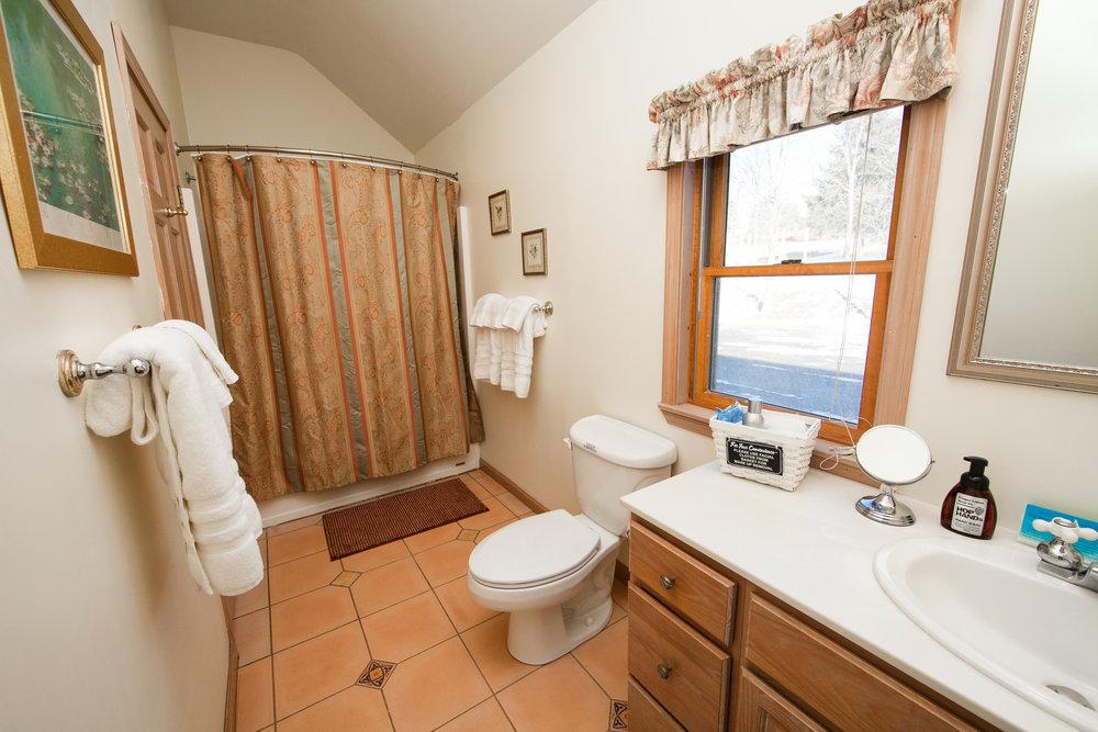 Cedar Heights Bath